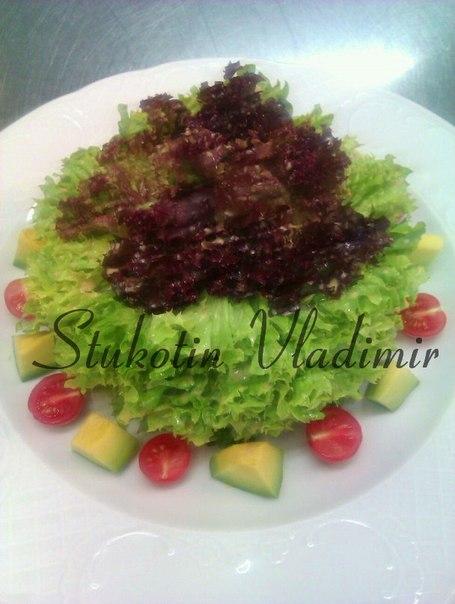 """Сыроедческий салат """"Бьондо-Россо"""""""